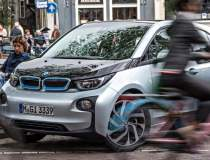 O suta de BMW i3 intra in...