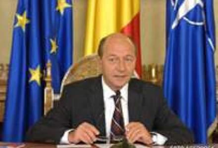 Basescu: Propunerile FMI nu ar fi vindecat cancerul bugetului de stat