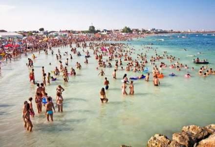 Romanii au luat cu asalt litoralul in weekend: 60.000 masini pe Autostrada Soarelui