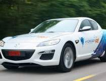 Mazda va participa la cursa...