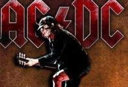 Reprezentantii AC/DC au reclamat ca li s-a cerut spaga la iesirea din Romania prin vama Nadlac
