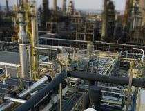 Petrom pumps EUR800 million...