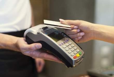 Acestea sunt bancile cu cele mai mari portofolii de carduri contactless la final de semestru