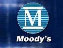 Moody's ar putea revizui...