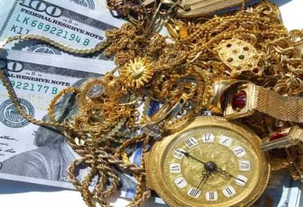 Ce colectioneaza parlamentarii: bijuterii, ceasuri, masti, vaze, tablouri de zeci de mii euro