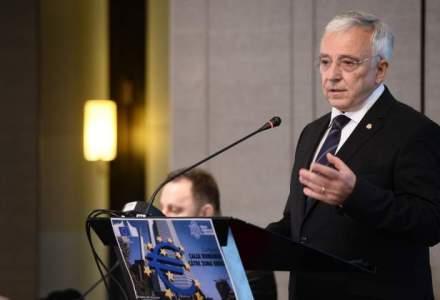 Mugur Isarescu: Nu sunt impotriva reducerii impozitelor, ci impotriva dimensiunii acestui pachet de reduceri fiscale
