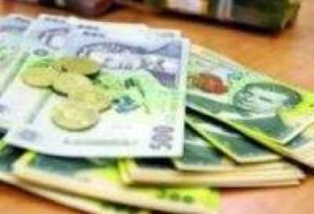 Deficitul de cont curent s-a adancit cu 40% in primele patru luni