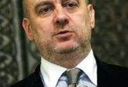 Dumitru Costin si-a dat demisia din BNS