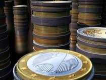 Leul rezista in fata euro, in...