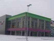 Primul mall in faliment,...