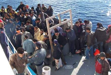 Sute de imigranti morti in largul Libiei, dupa rasturnarea a doua ambarcatiuni