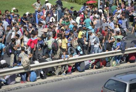 Peste 13.000 de imigranti au trecut din Ungaria in Austria in weekend
