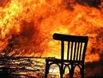 Incendiu pe plaja de la Vadu,...