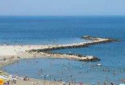Pe litoral sunt cu 15% mai putin turisti decat in vara 2009
