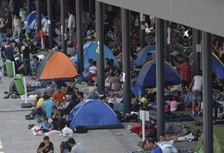 Sute de imigranti blocati la frontiera dinspre Turcia cu Grecia au intrat in greva foamei