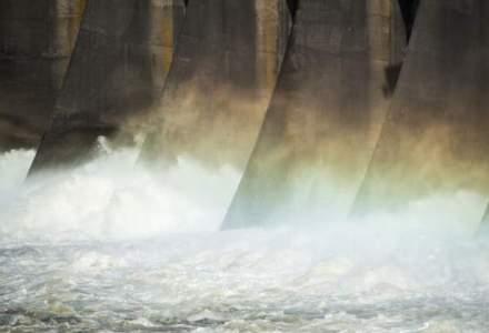 Complexul Energetic Oltenia acuza statul ca il obliga sa plateasca de patru ori apa de racire