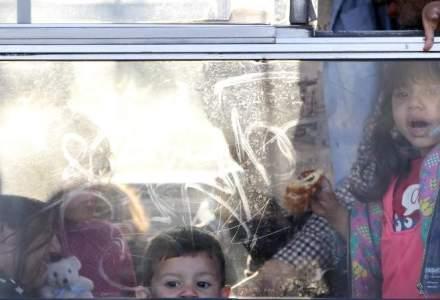 Disperare in Croatia: imigrantii s-au batut pe locuri si au intrat pe ferestre in tren