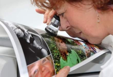 Cewe: Romanii developeaza 200-300 de fotografii pe an, in special de la aniversari si din vacante