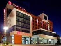 Ramada a deschis primul hotel...