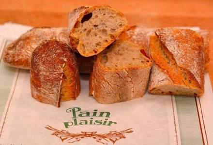 Trei prieteni vand paine artizanala si prajituri de 0,5 milioane de euro