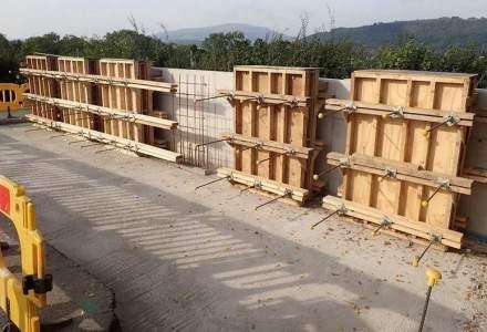 Inovatia viitorului in constructii ar putea salva Romania de la gaurile din asfalt: betonul care se repara singur si care ar aduce economii de MLD.