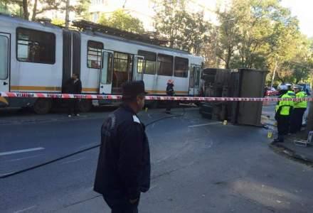 Circulatia pe linia tramvaiului 41, blocata (FOTO&VIDEO)