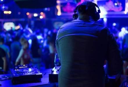 """Cluburi de """"fite"""" din Capitala fac concerte caritabile pentru victimele din Colectiv"""