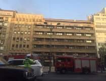 Incendiu intr-un bloc din...