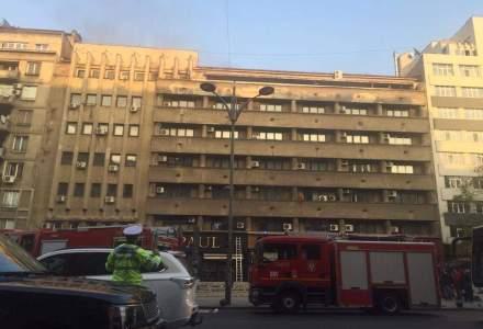 Incendiu intr-un bloc din Piata Romana din Capitala