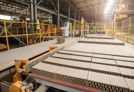 Afacerile Cemacon la 9 luni, peste veniturile realizate de companie in tot anul 2014. Producatorul de caramizi mizeaza pe un plus de 35% in business