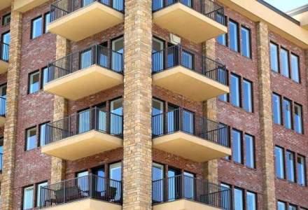 Numarul autorizatiilor de construire pentru cladiri rezidentiale a crescut cu 3,9% la 10 luni
