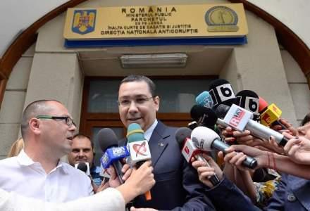 Victor Ponta a ajuns la DNA Ploiesti, unde va fi audiat ca martor in dosarul cumnatului sau