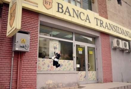 Banca Transilvania emite 50.000 de carduri BT pentru clientii Volksbank care au facut operatiuni in ultimele 6 luni care au facut operatiuni in ultimele 6 luni