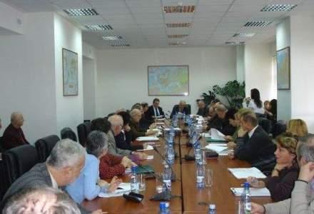 Ministerul Economiei scuteste 37 de companii de la plata unei parti din cota de certificate verzi