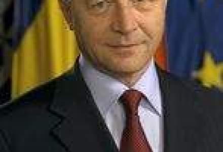 Basescu crede ca Romania are nevoie de peste 5,7 mld. euro in 2011