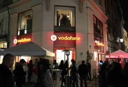 Utilizatorii Vodafone Romania pot primi bani, din strainatate, prin Azimo si WorldRemit