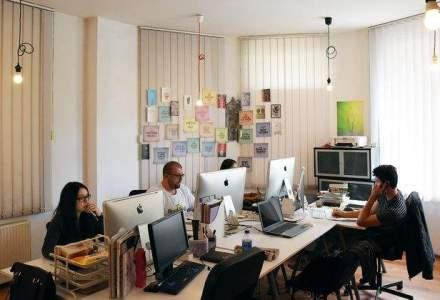 Vizita in agentia in care predomina portocaliul iar CEO-ul are biroul sub forma unui bob de fasole