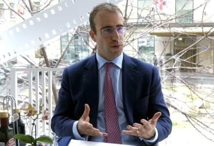 """La pranz cu James Grindley, seful CertAsig: britanicul pentru care venirea in Romania a fost """"intalnirea"""" cu destinul"""