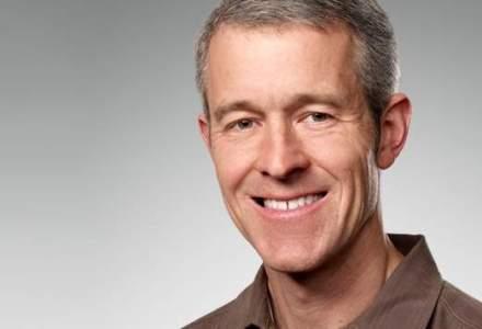 Apple numeste primul COO dupa Tim Cook
