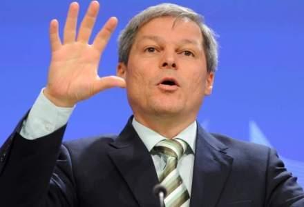 Dacian Ciolos se va intalni la inceputul anului viitor cu Angela Merkel si Francois Hollande