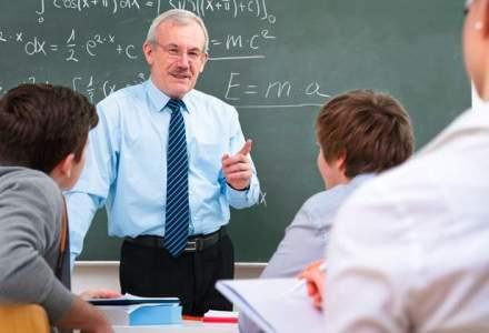 Parlamentarii vor pensii speciale si pentru profesorii din invatamantul preuniversitar