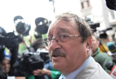 Mircea Basescu a fost condamnat la patru ani de inchisoare cu executare, pentru trafic de infuenta