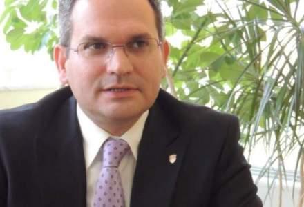 Omer Tetik, CEO-ul Banca Transilvania, cumpara actiuni dupa scaderile de la inceputul anului