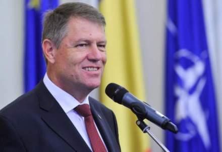 Klaus Iohannis a primit cadouri din activitatile de protocol in valoare de 13.000 de lei