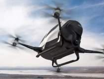 Prima drona care poate...