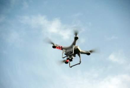 Cum arata dronele care vor lua locul artificiilor si vor lumina si infrumuseta cerul in prag de sarbatoare [VIDEO]