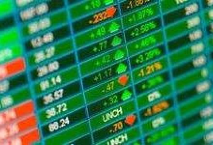 Wall Street deschide in crestere, dupa masurile de sprijinire a economiei adoptate de Banca Japoniei