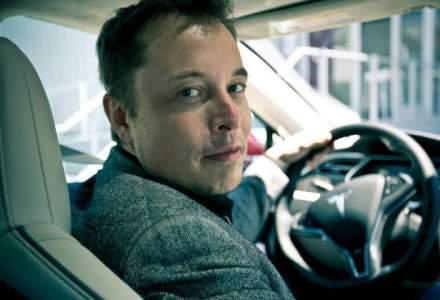 Elon Musk: 7 masini detinute de miliardar - nu vorbim despre Tesla