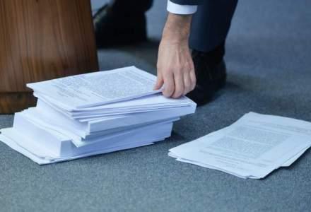 Guvernul discuta marti abrogarea exceptarii plagiatelor demnitarilor de la prevederile generale