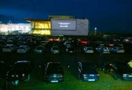 Bilant: 15.000 de masini au mers la film la Baneasa Drive In Cinema